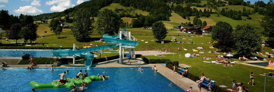 pool-swimming-pool-Wildschönau-Bergbad-swimming-bath-utomhuspool-recovery-sommar-Oberau